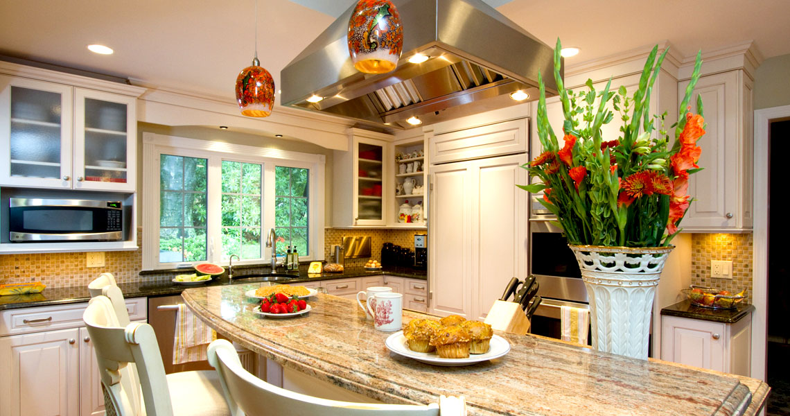 Light & Bright Kitchen Design